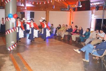 Con cuecas y gastronomía típica colegiados festejaron las Fiestas Patrias 2017